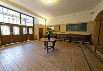 Conway Hall - Foyer
