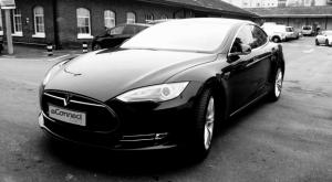 E-Connect Cars Tesla