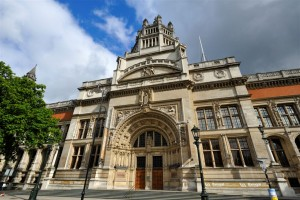 v_a_museum_nw120709_2